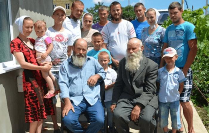 Найбільша в світі українська родина (346 осіб) увійде в Книгу Рекордів Гіннеса!
