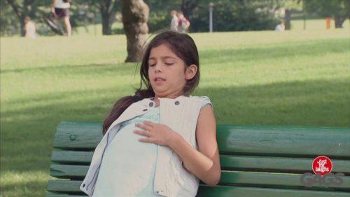Люди були приголомшені, побачивши вагітну дівчинку 10-12 років. Але коли прийшов батько дитини, у них очі на лоб полізли! (відео)