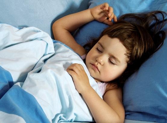Чому дітей необхідно вкладати спати до 21:00? Цe мають знати уcі батьки!
