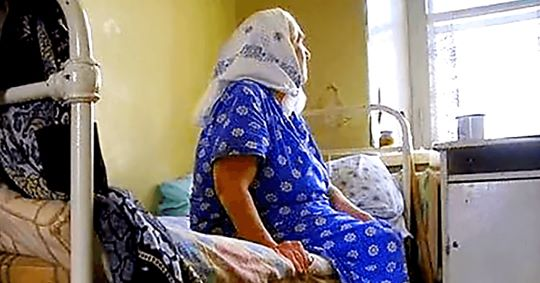 Сьогодні у неї день народження – 70, але ні син, ні дочка не приїхали…