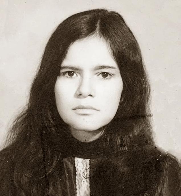 Надзвичайна історія…Жінку забули в лісі на 10 років. Їй довелося жити з мавпами і вивчити мову