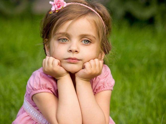 Цю милу Дівчинку кинув тато, і ось що вона сказала, коли дізналася про його нову сім`ю і дітей
