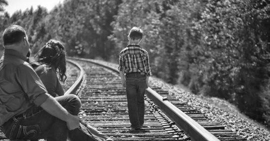 «Синку, якщо раптом тобі стане погано або страшно, то ось тобі це…» і батько сунув щось дитині в кишеню