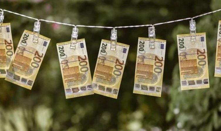 Прикмети на гроші по днях тижня навчать, як зберегти і примножити фінанси