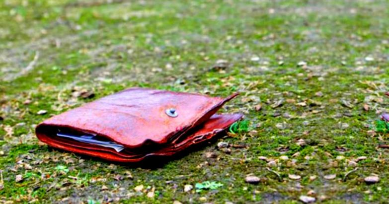 Оце так історія…Хлопець знайшов гаманець. Він і гадки не мав, до чого це приведе…
