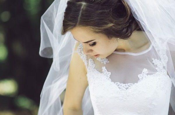 Минуло три роки після мого розлучення, Сергій проміняв мене на мою сестру. Одного ранку мені зателефонував колишній чоловік. Його прохання мене здивувало