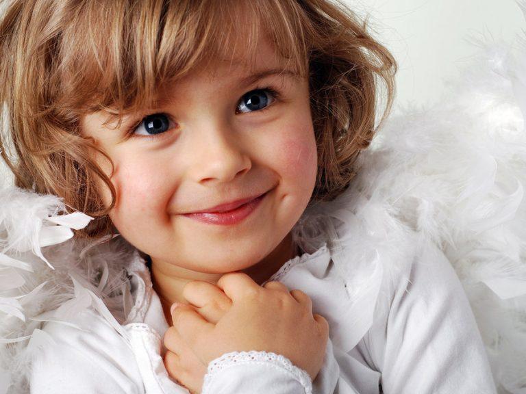 """""""Я знаю, чому Бог так довго не давав тобі дитинку"""", – сказала моя 3-річна дочка. Її пояснення вибило грунт у мене з-під ніг"""
