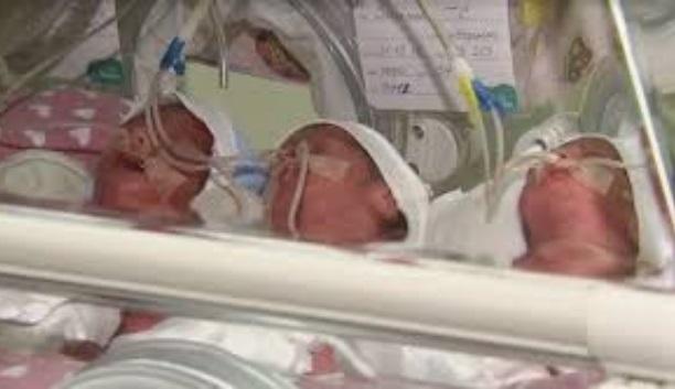 Олена народила досить незвичайну трійню: таке вперше в житті побачили лікарі…