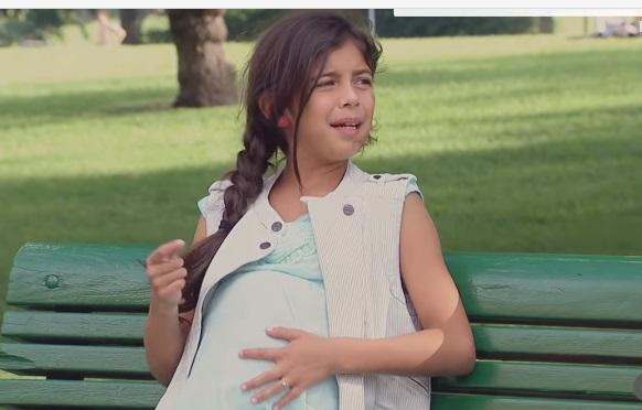 Люди приголомшені, побачивши вагітну дівчинку 10-12 років. Але коли прийшов батько дитини, у них очі на лоб полізли! (відео)