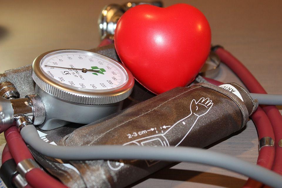 Як без тонометра дізнатися високий у вас артеріальний тиск чи низький