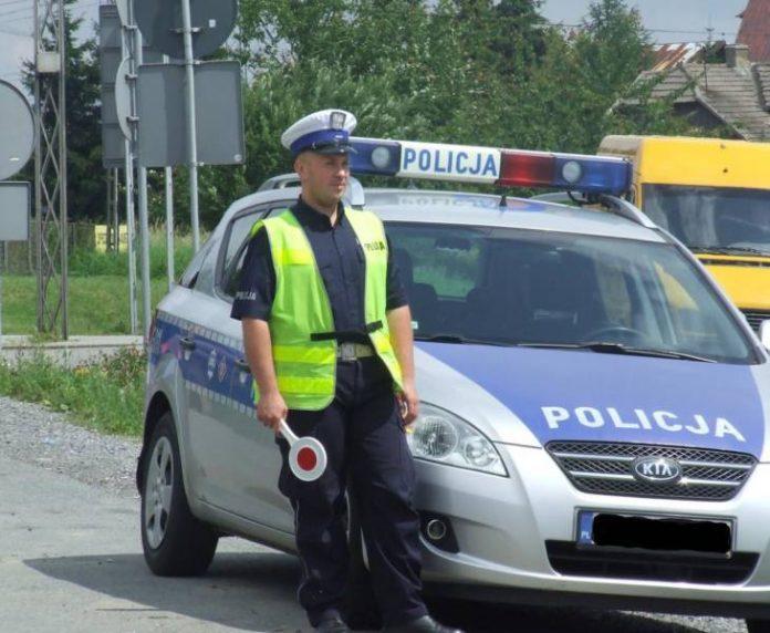 Українець спробував дати хабаря польському поліцейському. Тепер гляньте що було далі..