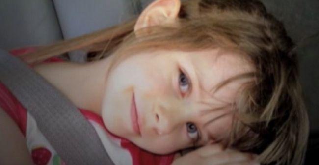 6-Літня дівчинка помеrла від раку. Через 3 дні після цього мати крихти відкрила комод і