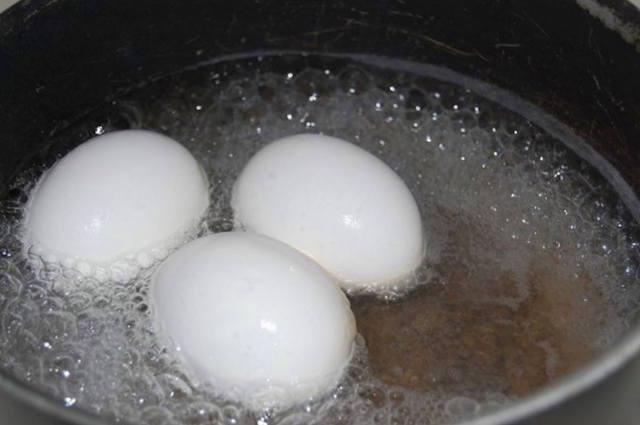 Щоб контролювати рівень цукру в крові – вам знадобиться всього одне варене яйце!