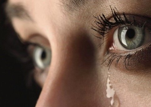 «Не плач, синку, скоро татко з роботи прийде. Злякаємо його, коли плакати будемо»: Мирослава знала, що їй залишилися лічені дні