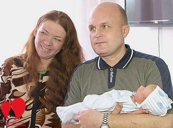 Віддав дружині свою нирку, а вона йому подарувала омріяну донечку