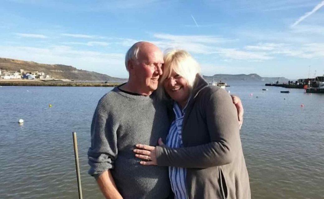 Жінка 56 років шукала батька, і несподівано він знайшовся сам собою завдяки соцмережі, яка порекомендувала його в друзі