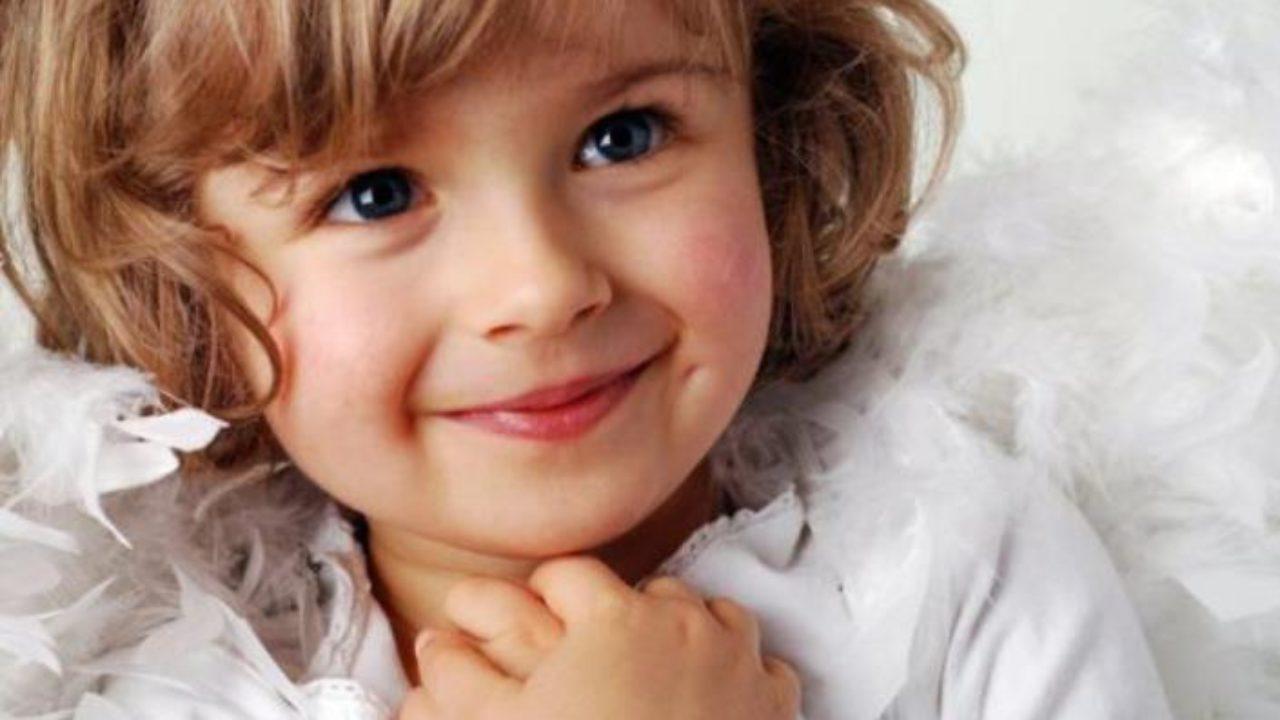 «Ти знаєш, чому Бог так довго не давав тобі дитинку?» — запитала дівчинка. «Ні, мила, я не знаю», — розгублено відповіла я. «А я знаю, чому», — сказала дочка