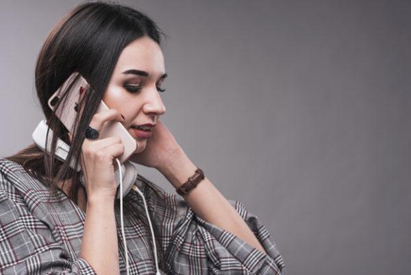 Якось жінка в телефоні чоловіка виявила три цікавих номера. Зателефонувавши по них, вона розплакалась