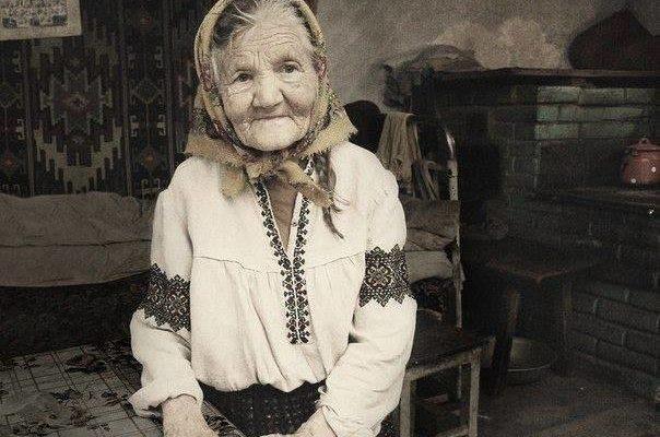 МАМА… Старіюча мама написала лист молодим дітям. Таке точне, що аж боляче …Бережіть своїх матерів!