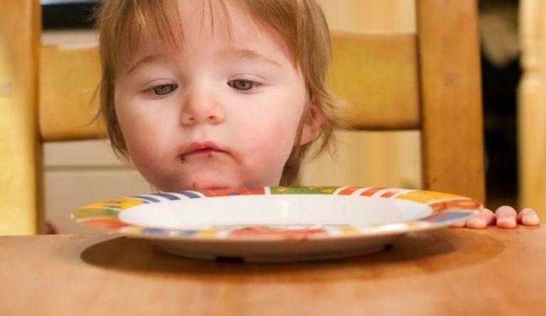 П'ять місяців годувала чужу сім'ю і навіть не знала про це