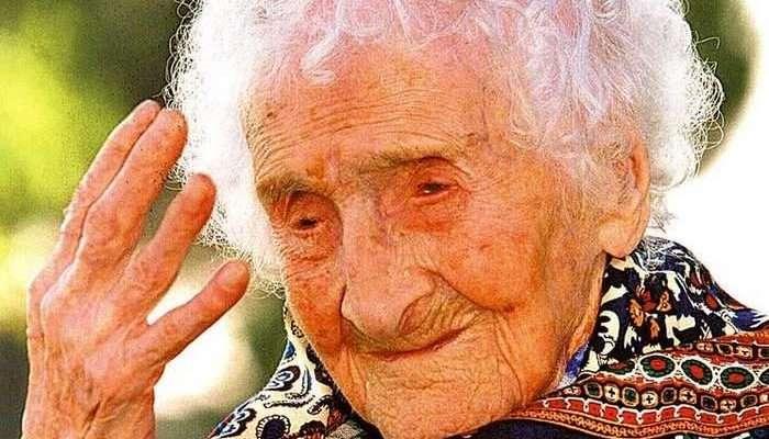 Ця мила бабуся сьогодні святкує свій ювілей 120 років і ділиться секретами свого довголіття.