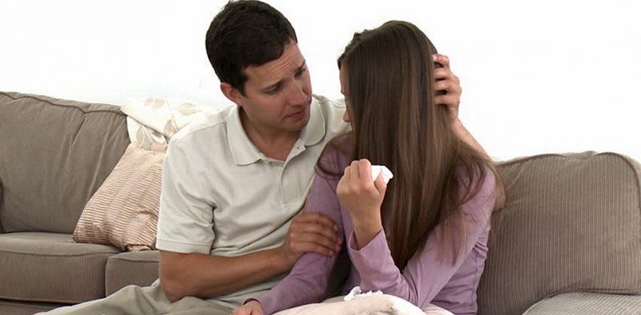 Директор підслухав розмову свого підлеглого, який сказав дружині, що у них немає коштів на покупку суміші для маленької доньки …