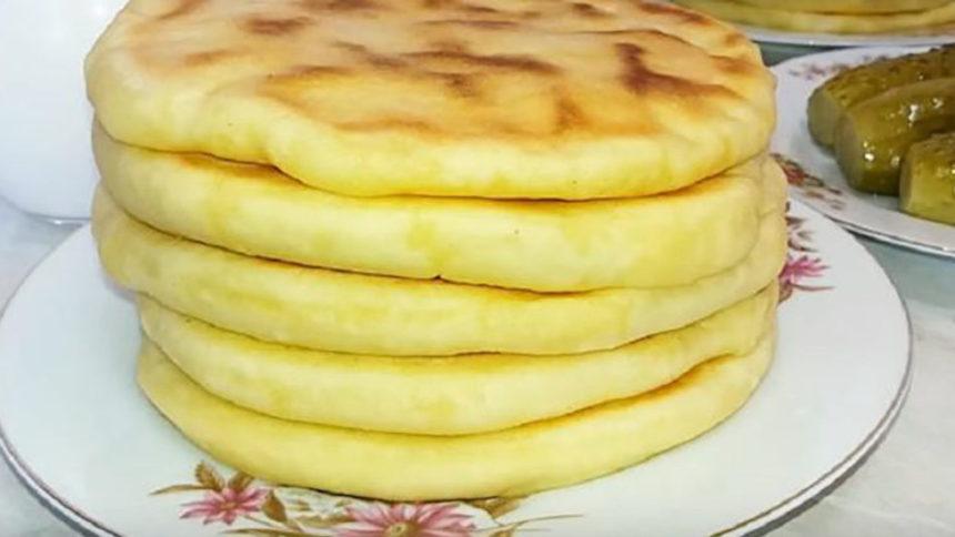 Картопляно-сирні пляцки на сковорідці без краплі олії: смакота, яку можна навіть в піст! Такого ви ще не готували!