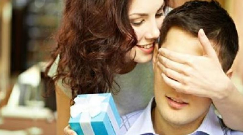 Дружина дізналася, що чоловік завів коxaнку і влаштувала сюрприз на його день народження, який він запам'ятає на все життя….