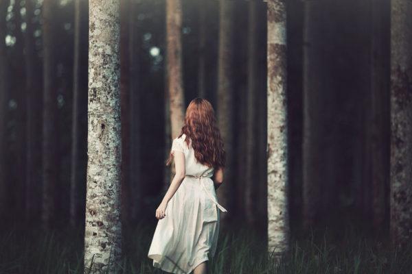 Якось ввечері в її двері хтось подзвонив. Відкрила і побачила на порозі заплакану свекруху. Уже колишню свекруху. Такого повороту дівчина не очікувала