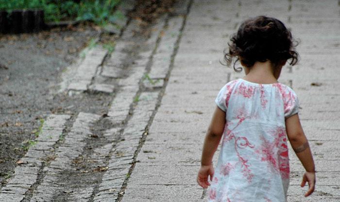 П`яні батьки спали, коли хлопець забрав їх 4-річну дочку. Додому вона ніколи більше не повернеться
