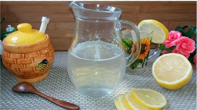 Медова вода для поліпшення обміну речовин: потрібно пити щодня