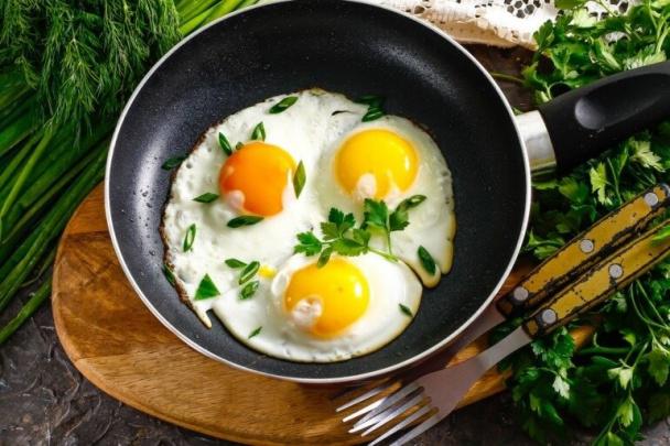 Хитрощі ідеальної яєчні (виявляється, не всі вміють готувати яєчню правильно)