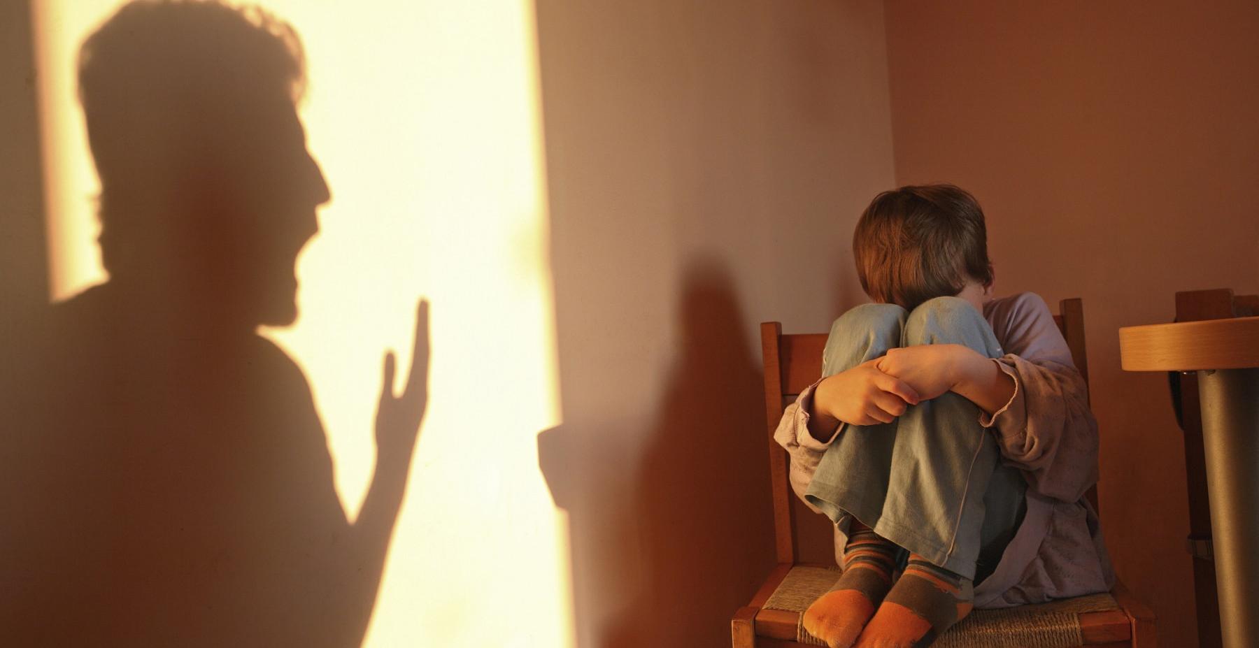Як постійний крик на дитину, впливає на її здоров'я. Прочитайте та Не робіть цього!