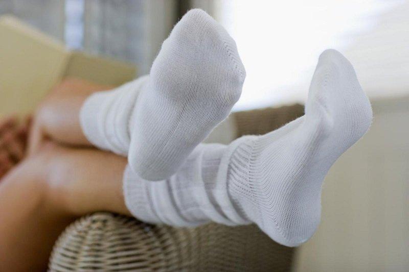 Як правильно прати білі шкарпетки! Рецепт на мільйон!Збережіть собі…