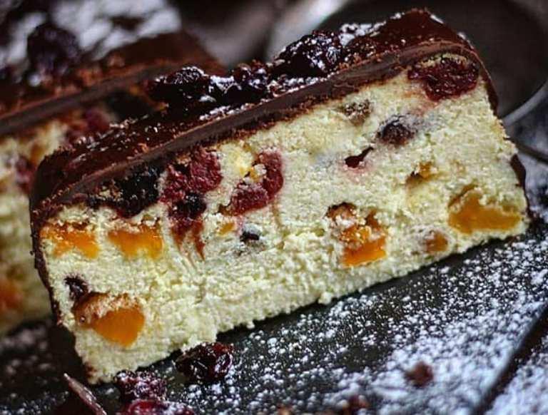 Ще один приголомшливий рецепт сирника. У Львові його роблять з шоколадом і фруктами